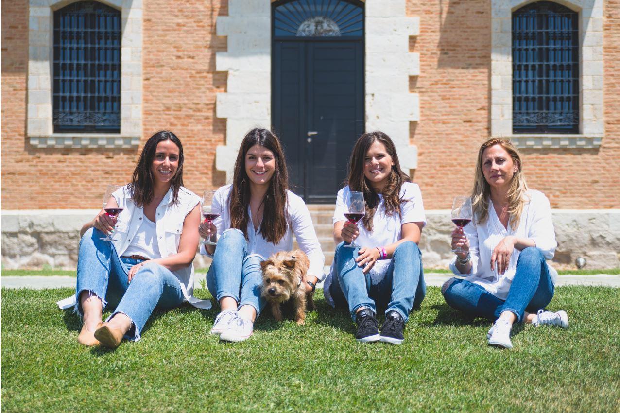 Monte la Reina se une al Día Internacional de la Mujer con las reflexiones de una compañía liderada por mujeres